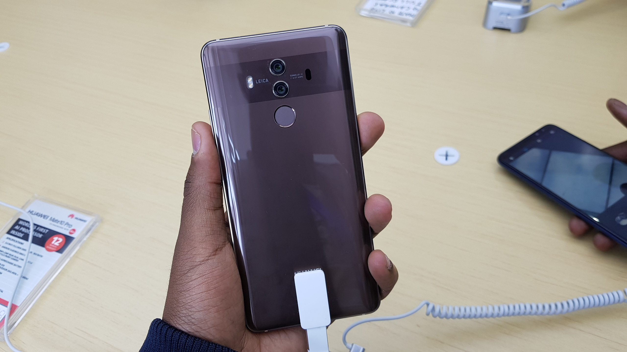 huawei mate 10 pro specifications and price in kenya. Black Bedroom Furniture Sets. Home Design Ideas